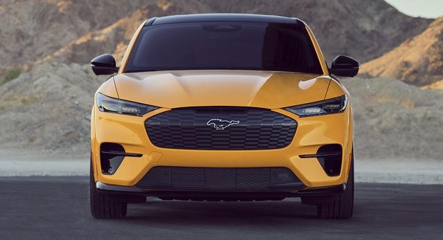 Ford Mustang Mach-E GT nâng cấp động cơ, tăng tốc nhanh ngang ngửa siêu xe - Ảnh 1.