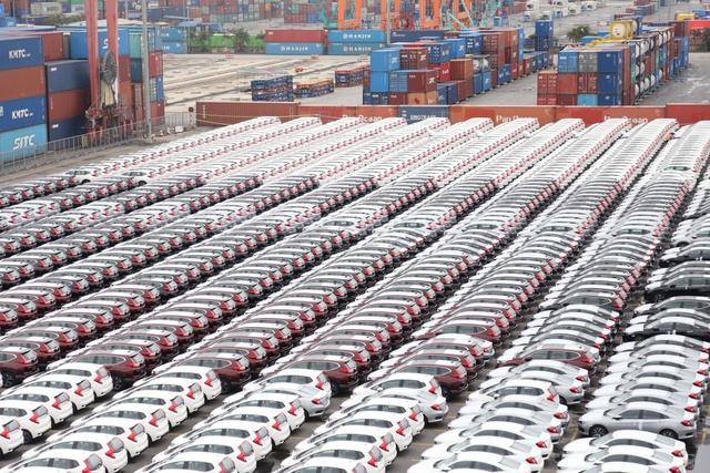 Ô tô nhập khẩu từ châu Âu sẽ giảm giá từ năm 2021 - Ảnh 1.