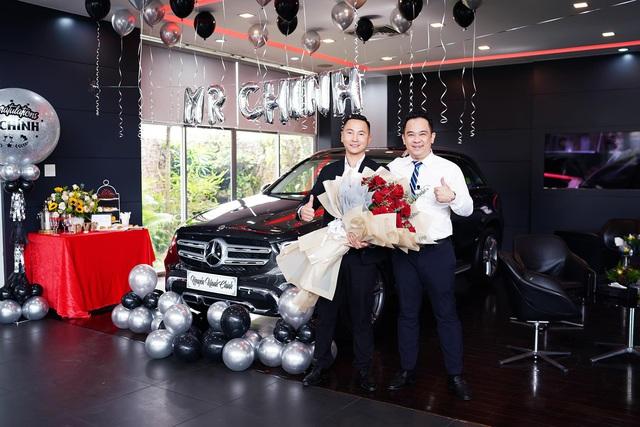 Gặp sale Mercedes được khách hàng cũ tặng xe gần 2 tỷ đồng: Nếu biết, tôi sẽ không nhận - Ảnh 2.