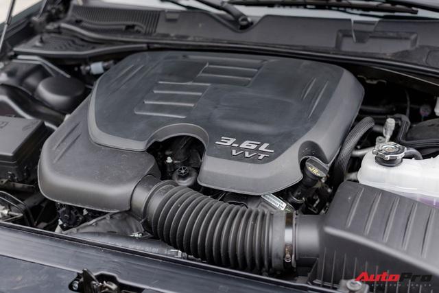 Bóc tách Dodge Challenger GT 2020 mới về Việt Nam: Xe cơ bắp Mỹ cho dân chơi thích hàng độc - Ảnh 11.