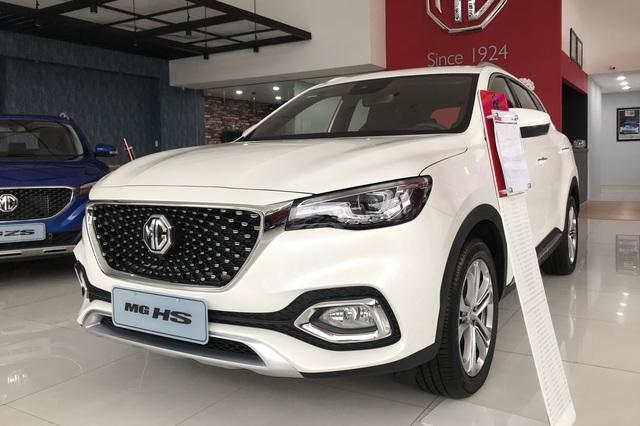 Những mẫu xe vừa ra mắt đã có doanh số xịt tại Việt Nam năm 2020 - Ảnh 3.