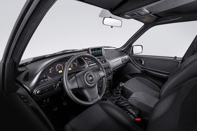 Ra mắt Lada Niva Travel 2021: Giá quy đổi hơn 200 triệu đồng, nhìn như RAV4 xịn xò - Ảnh 3.