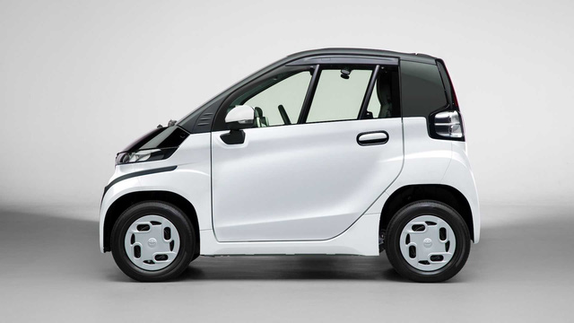 Ra mắt Toyota C*Pod - Ô tô 2 chỗ cho mẹ chở con đi học hoặc đi chợ, giá quy đổi 370 triệu đồng - Ảnh 2.