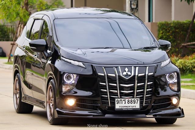 Mê chuyên cơ mặt đất, nhiều chủ xe Mitsubishi Xpander độ lại theo phong cách Toyota Alphard, chi phí tương đương hơn 16 triệu đồng - Ảnh 1.