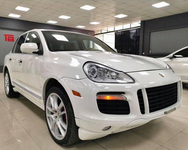 Cán mốc 120.000km, Porsche Cayenne GTS bán lại ngang giá Toyota Corolla Cross bản cao cấp nhất - Ảnh 4.