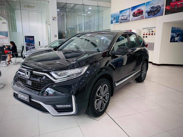 Honda CR-V 2020 giảm giá gần 100 triệu đồng tại đại lý: Quyết tâm đua doanh số với Mazda CX-5 - Ảnh 1.