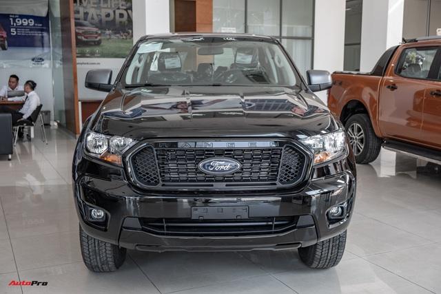 Chi tiết Ford Ranger XLS MT 2021 giá 630 triệu đồng vừa về đại lý: Bán tải thực dụng cho người eo hẹp tài chính - Ảnh 2.
