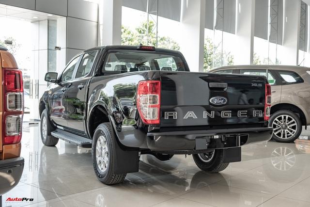 Chi tiết Ford Ranger XLS MT 2021 giá 630 triệu đồng vừa về đại lý: Bán tải thực dụng cho người eo hẹp tài chính - Ảnh 4.
