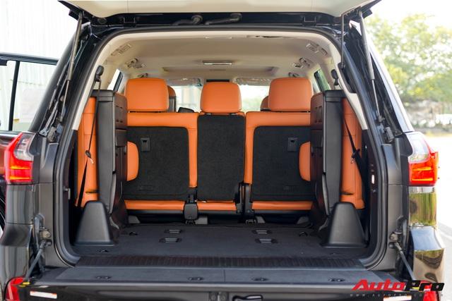 Cận cảnh Lexus LX 570 Super Sport 2021 trị giá trên 9 tỷ đồng dành cho những đại gia thích ăn chắc mặc bền - Ảnh 8.