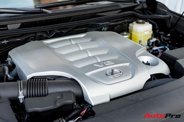 Cận cảnh Lexus LX 570 Super Sport 2021 trị giá trên 9 tỷ đồng dành cho những đại gia thích ăn chắc mặc bền - Ảnh 9.
