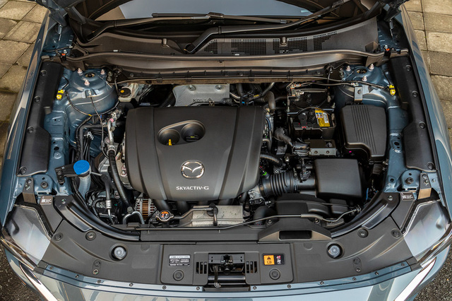Ra mắt Mazda CX-8 2021: Giá quy đổi từ 1,05 tỷ đồng, phả hơi nóng lên Hyundai Santa Fe - Ảnh 7.