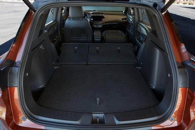 Chevrolet Trailblazer đắt hàng chưa từng có - SUV 7 chỗ đáng tiếc không còn bán ở Việt Nam - Ảnh 4.