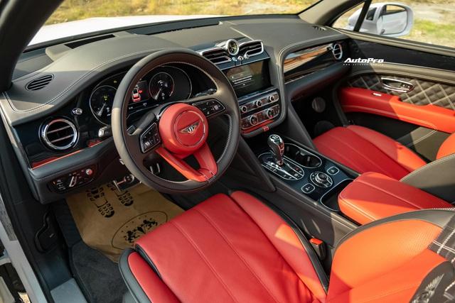 Đánh giá nhanh Bentley Bentayga 2021 First Edition: SUV siêu sang giá hơn 19 tỷ đồng dành cho giới nhà giàu Việt - Ảnh 5.