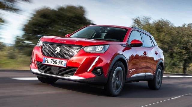 Peugeot 2008 đắt hàng, bán vượt 'xe quốc dân' VW Golf và Toyota Yaris
