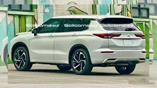 Mitsubishi Outlander 2021 lộ ảnh mới: Đẹp lên vài phần, đe doạ Honda CR-V - Ảnh 2.