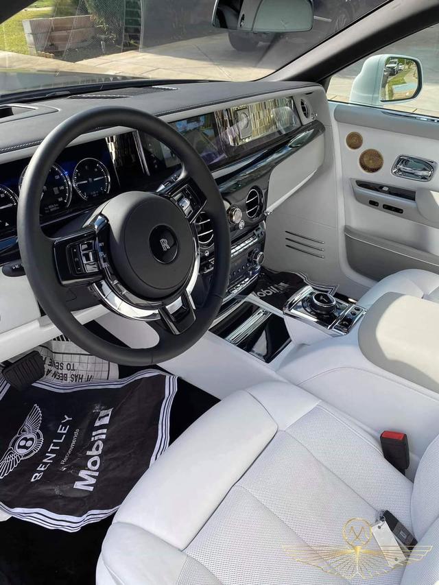 Dân mạng chưa hết trầm trồ, đại gia Việt tiếp tục tậu thêm Rolls-Royce Phantom Tranquility thứ 2: Chỉ khác biệt ở 1 chi tiết nhỏ duy nhất? - Ảnh 5.