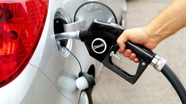Trạm xăng khiến khách hàng phẫn nộ vì đổ nhầm nhiên liệu gây hỏng hàng chục xe