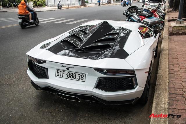 Thánh địa siêu xe Sài Gòn tấp nập trở lại với sự xuất hiện của 2 siêu phẩm độc nhất Việt Nam - Ảnh 6.
