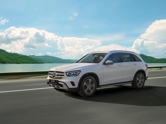 Ra mắt Mercedes-Benz GLC 2020 tại Việt Nam: Giá từ 1,75 tỷ, thấp hơn BMW X3 gần 800 triệu đồng - Ảnh 5.