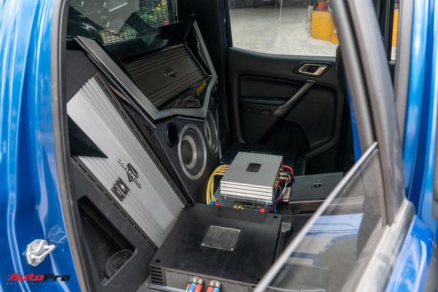 Ford Ranger Raptor của dân chơi Sài Gòn gắn dàn âm thanh trị giá 1,8 tỷ - Tiền độ đắt hơn tiền xe - Ảnh 7.