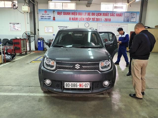 Suzuki Ignis bất ngờ xuất hiện tại Việt Nam - Xe bình dân nhưng dẫn động bốn bánh, cảnh báo chệch làn, Cruise Control - Ảnh 1.