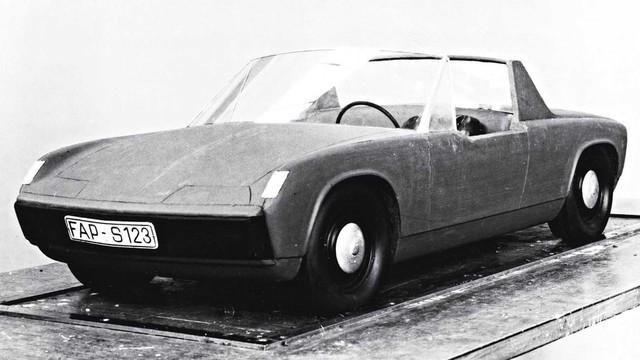 Cạnh tranh Audi TT, Porsche dự định làm xe mui trần giá rẻ - Ảnh 1.