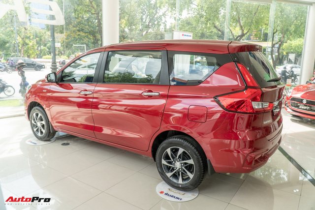 Chi tiết Suzuki Ertiga 2020 tại đại lý - Xe 7 chỗ rẻ nhất Việt Nam thêm trang bị cạnh tranh Xpander - Ảnh 4.