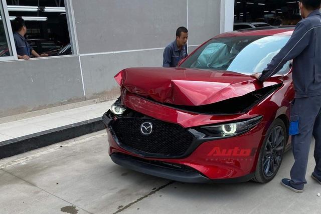 Vụ Mazda3 đâm CX-5 vì thử phanh tự động: THACO giải thích do đại lý tự ý thực hiện - Ảnh 1.