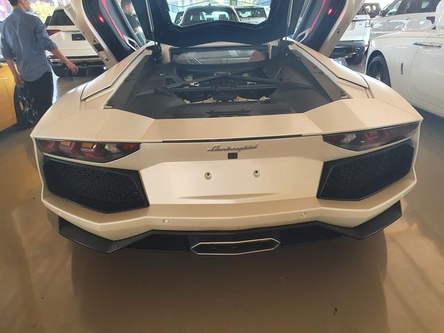 7 tỷ cũng mua được siêu xe như mới: Lamborghini Aventador chào hàng đại gia Việt khi mới chỉ lăn bánh 1.200km - Ảnh 4.