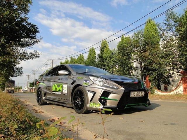 Hyundai Sonata độ cửa cắt kéo Lamborghini rao bán giá 479 triệu đồng, kèm lời rao mua về chỉ việc chạy - Ảnh 1.