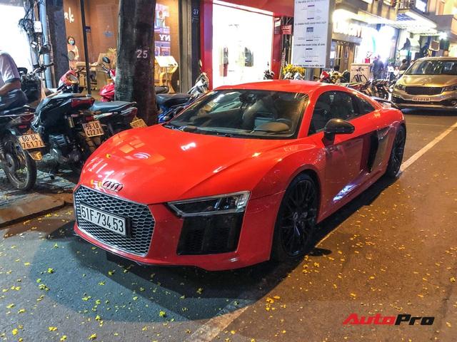 Thiếu gia Phan Thành tái xuất cùng siêu xe Audi R8 V10 Plus trên phố Sài Gòn - Ảnh 3.