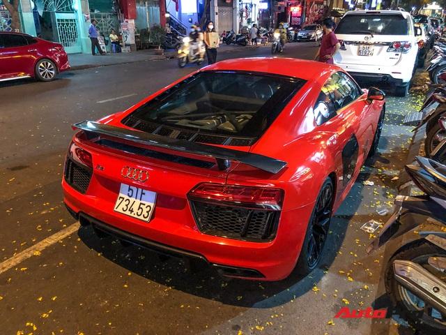 Thiếu gia Phan Thành tái xuất cùng siêu xe Audi R8 V10 Plus trên phố Sài Gòn - Ảnh 6.
