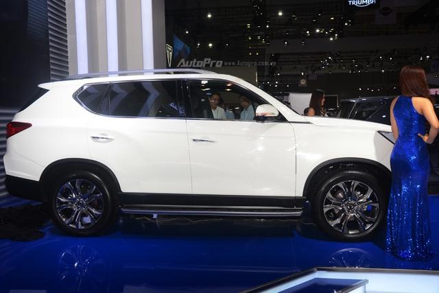 SUV 7 chỗ Ssangyong Rexton âm thầm lên đời đối đầu Toyota Fortuner - Ảnh 3.
