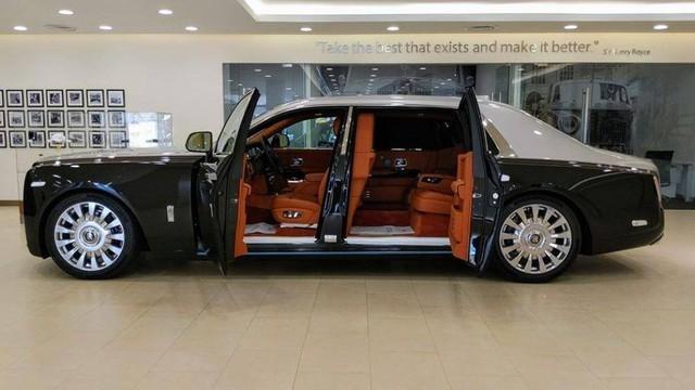 Những kiểu cửa ô tô đặc biệt chỉ thấy trên siêu xe và xe siêu sang - Ảnh 6.