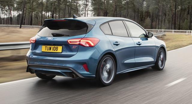 Ford Focus RS dời ngày ra mắt, buộc phải đưa ra thay đổi lớn để tránh theo vết xe đổ Focus thường - Ảnh 3.