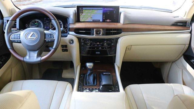 Đại lý van nài Lexus làm mới LX570 đấu Cadillac Escalade nhưng vẫn nhận được sự im lặng lạnh lùng - Ảnh 3.