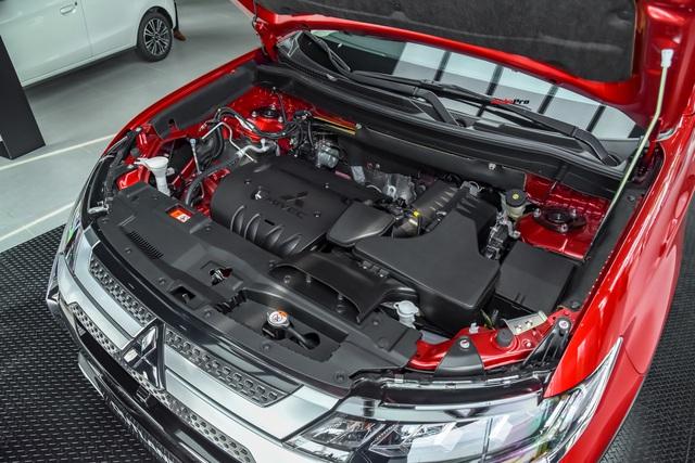 Ra mắt Mitsubishi Outlander 2020 tại Việt Nam: Thêm nhiều công nghệ, giá từ 825 triệu đồng 'rẻ' hơn Honda CR-V và Mazda CX-5 - Ảnh 5.