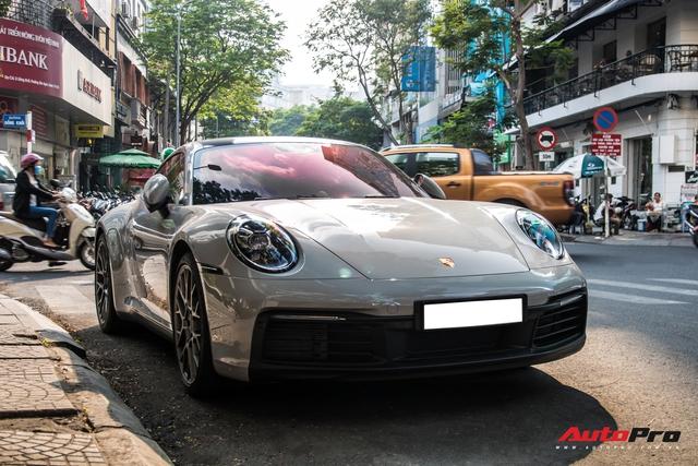 Mua Porsche 911 giống Cường Đô-la, đại gia Sài Gòn đặt màu sơn lạ mắt để tránh đụng hàng - Ảnh 1.