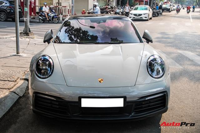 Mua Porsche 911 giống Cường Đô-la, đại gia Sài Gòn đặt màu sơn lạ mắt để tránh đụng hàng - Ảnh 2.