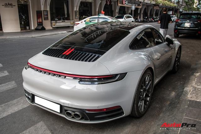 Mua Porsche 911 giống Cường Đô-la, đại gia Sài Gòn đặt màu sơn lạ mắt để tránh đụng hàng - Ảnh 5.