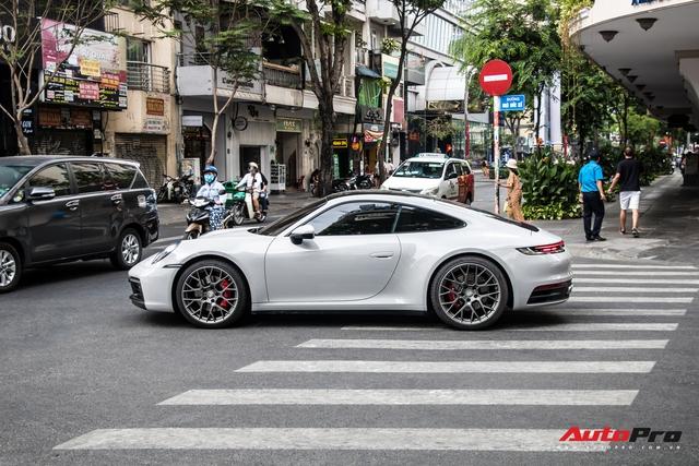 Mua Porsche 911 giống Cường Đô-la, đại gia Sài Gòn đặt màu sơn lạ mắt để tránh đụng hàng - Ảnh 6.