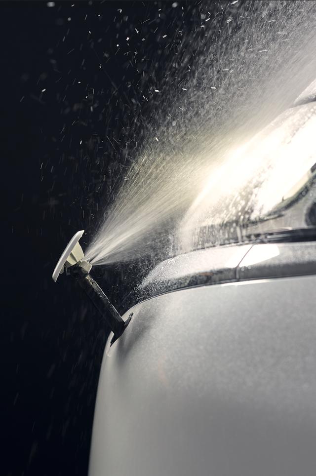 Ra mắt Mitsubishi Outlander 2020 tại Việt Nam: Thêm nhiều công nghệ, giá từ 825 triệu đồng 'rẻ' hơn Honda CR-V và Mazda CX-5 - Ảnh 2.