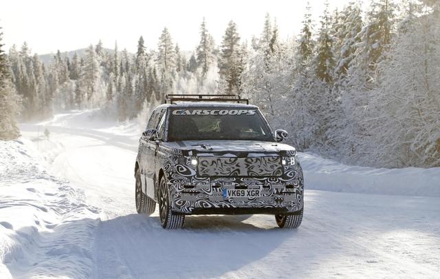 Range Rover Sport đời mới lần đầu lộ diện với 1 chi tiết cho thấy động cơ không hề tầm thường - Ảnh 1.