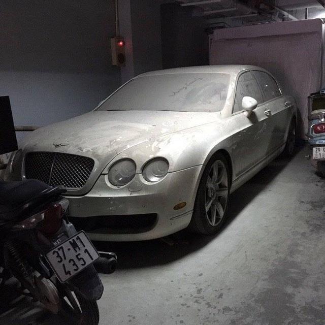 'Siêu phẩm' một thời Bentley Continental xuất hiện trên phố Hà Nội trong tình trạng vỡ nát, vài chi tiết còn sót lại gây ngạc nhiên - Ảnh 10.