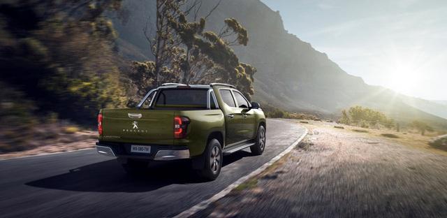 Ra mắt Peugeot Landtrek - Bán tải 6 chỗ đối đầu Ford Ranger - Ảnh 3.