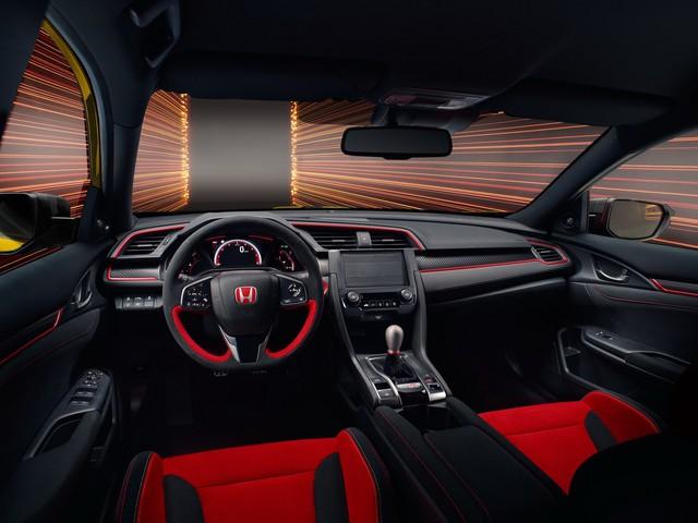 Honda Civic Type R dồn dập ra mắt các phiên bản đặc biệt, gây mê đắm giới mộ điệu - Ảnh 5.