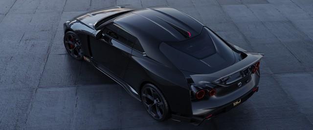 GT-R50 triệu đô đẹp là thế mà màn quảng cáo kém sang của Nissan xứng đáng bị bêu riếu - Ảnh 1.