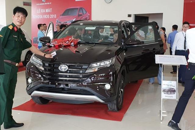 Toyota Rush giảm giá 30 triệu đồng - Đòn cứu vớt doanh số trước Mitsubishi Xpander - Ảnh 2.