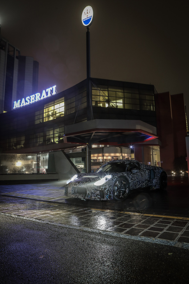 Siêu xe thể thao Maserati mới lộ tên gọi, không còn vay mượn đồ của Ferrari - Ảnh 2.