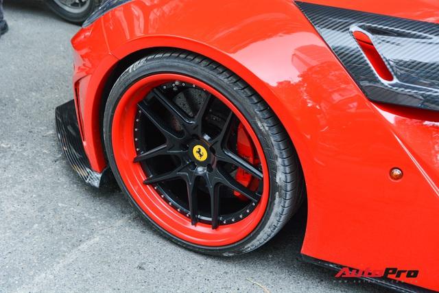 Ferrari F12 Berlinetta hộ tống xe đua F1 cùng dàn mô tô diễu hành vòng quanh Thủ đô Hà Nội - Ảnh 10.